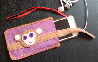porta mp3; porta iPod; feltro; fatto a mano; mp3 felt case; iPod felt case; elt; handmade; cri graphics